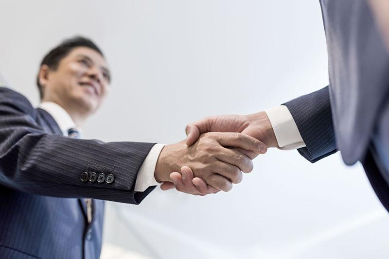 画像:長期支援顧問・交渉業務
